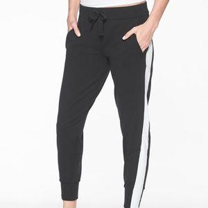 Athleta Metro Track Jogger Pants size XXS Black